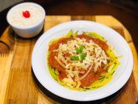 Espaguete de Abobrinha a Bolonhesa